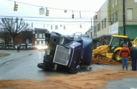 Overturned semi in downtown Waverly